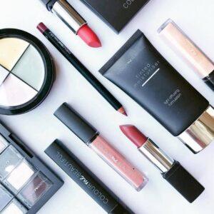 Colour me beautiful Makeup
